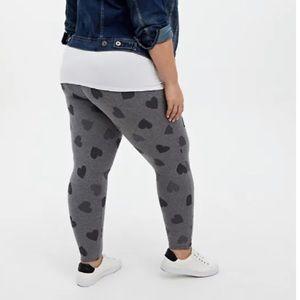 🆕 Heather Grey Hearts Premium Legging Gray 1X 14